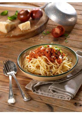 spaghetti-bolognese-poulet-parmesan-tomaten-basilikum