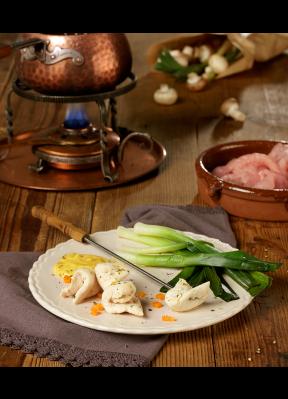 poulet-chinoise-fondueset-gemuese-sauce-champignons