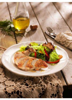 poulet-filet-salat-oelflasche-besteck