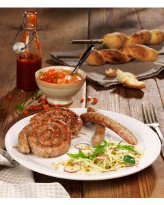 pouletwurst-grillschnecke-ketchup-schlagenbrot-salat